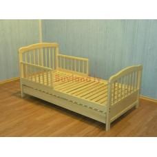 Monica pusaudža gultiņa